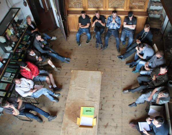 In den verschiedenen Räumen der Brunnenburg wurden rund 20 Themen über das Schützenwesen erarbeitet. (Foto: BG Online)