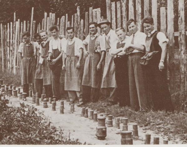 Böllerschützen bei einer Hochzeit