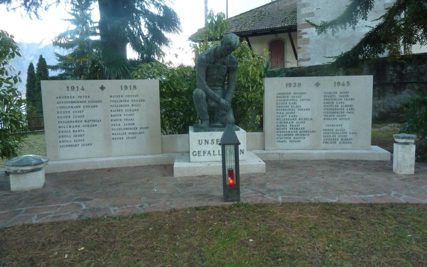 2015_Nals_Reinigung Kriegerdenkmal (3)