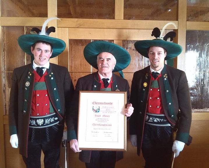 2015_Proveis_Jahreshauptversammlung Ehrung Josef Moser