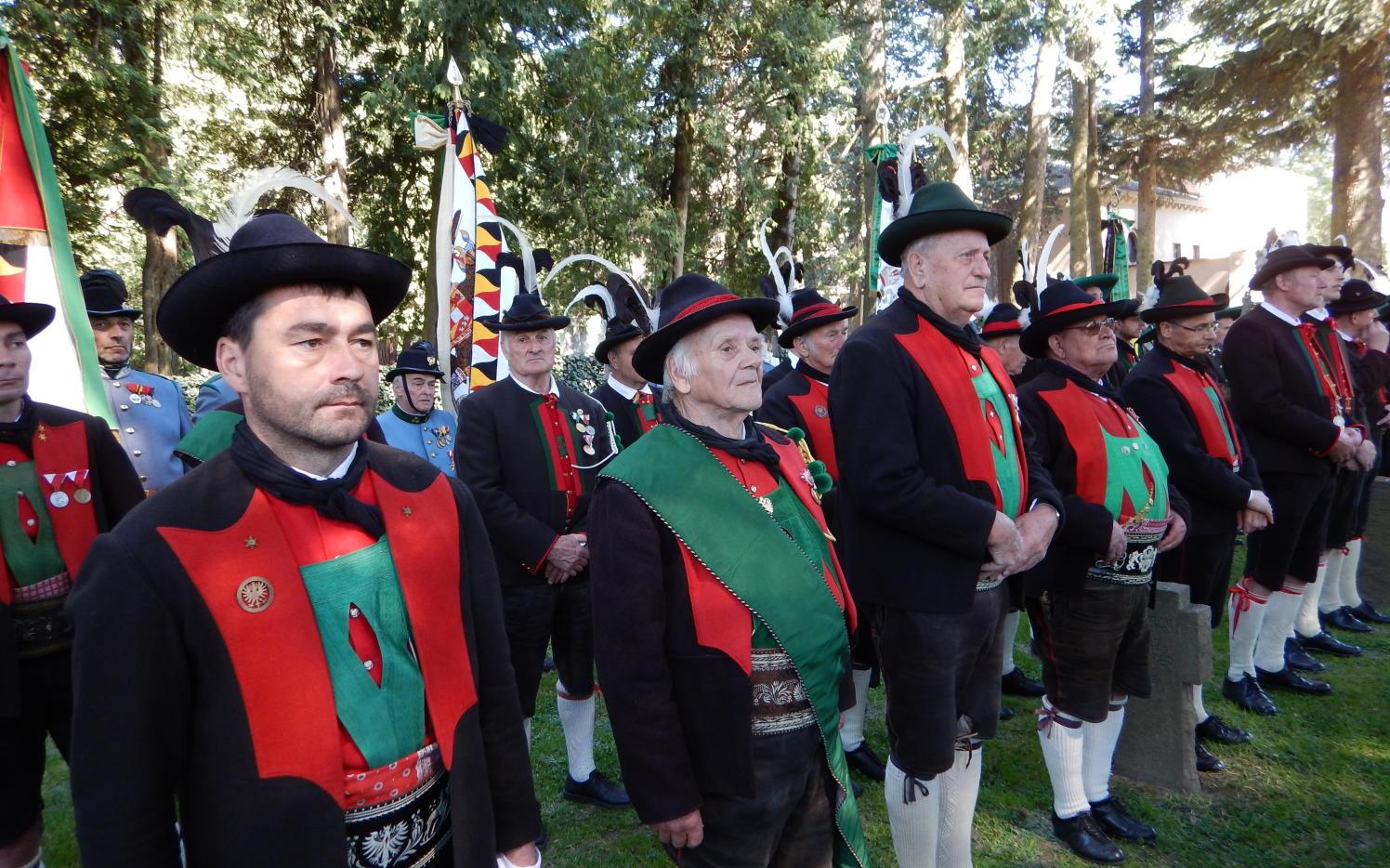 2015_Meran_Bezirk Gedenkfeier Soldatenfriedhof 8