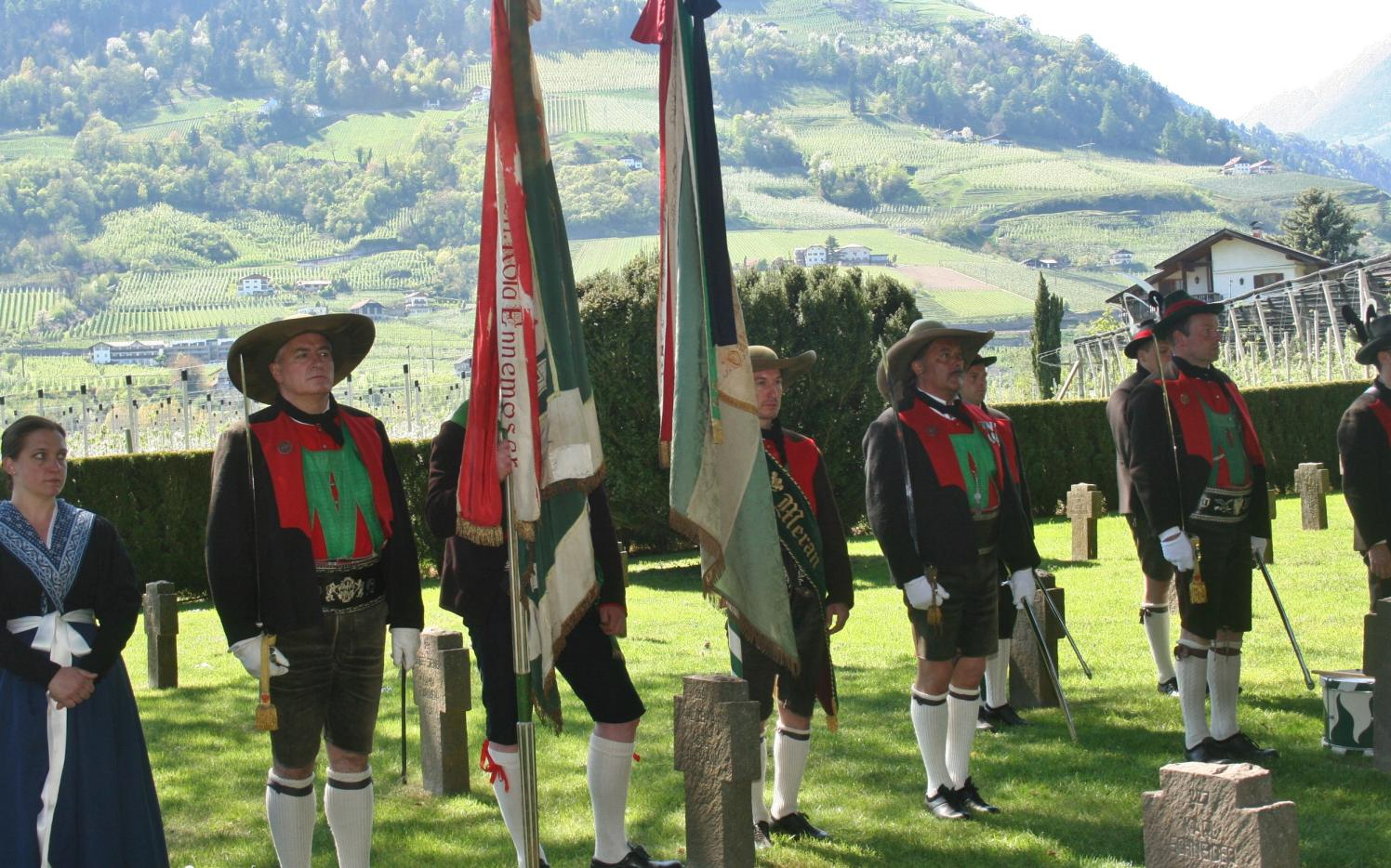 2015_Meran_Bezirk Gedenkfeier Soldatenfriedhof 10