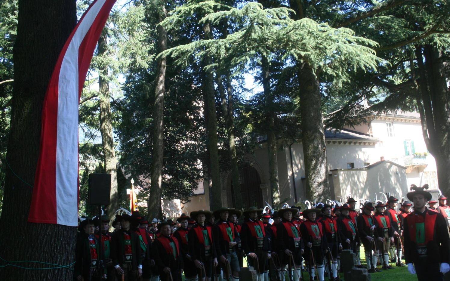 2015_Meran_Bezirk Gedenkfeier Soldatenfriedhof 18