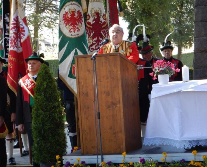 2015_Meran_Bezirk Gedenkfeier Soldatenfriedhof 22