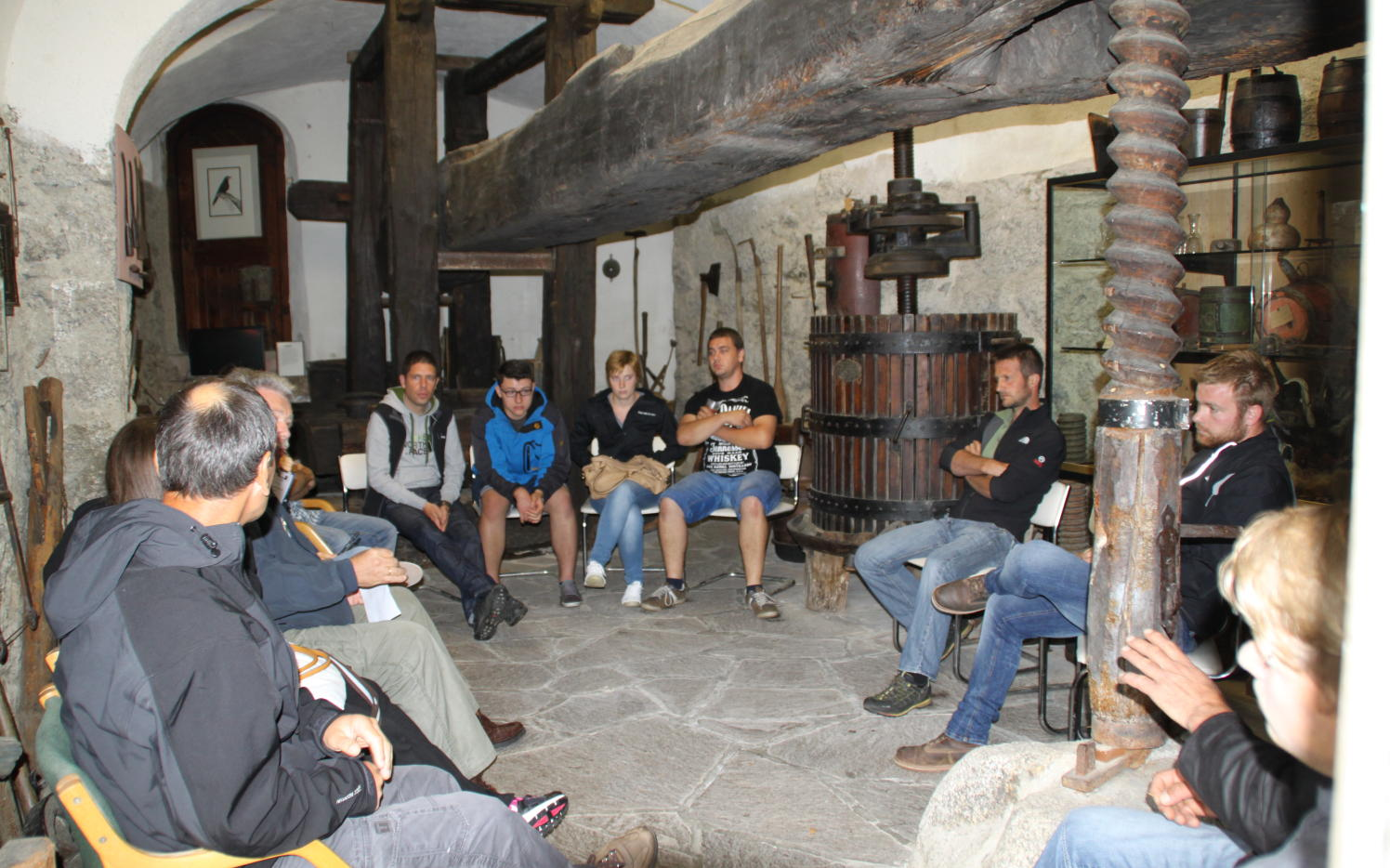 2014_Brunnenburg Dorf Tirol Bezirk_Bezirksklausur Offen Gredt 5