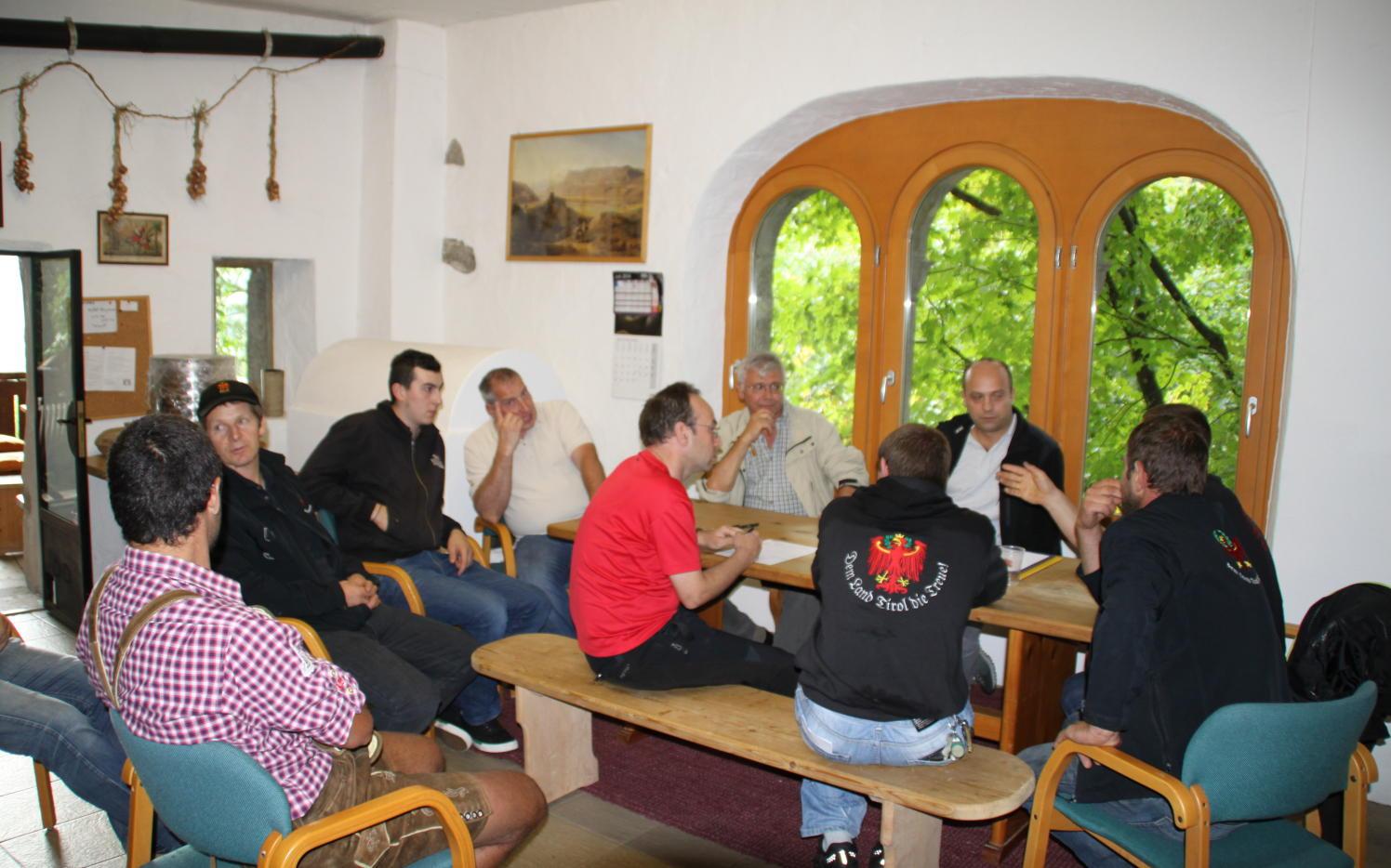 2014_Brunnenburg Dorf Tirol Bezirk_Bezirksklausur Offen Gredt 4