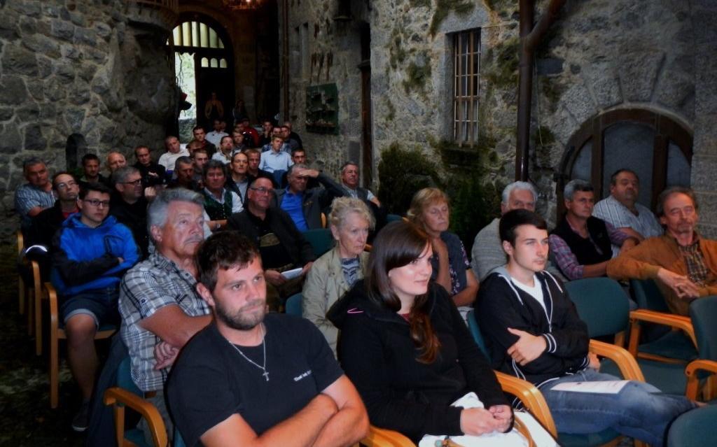 2014_Brunnenburg Dorf Tirol Bezirk_Bezirksklausur Offen Gredt 1