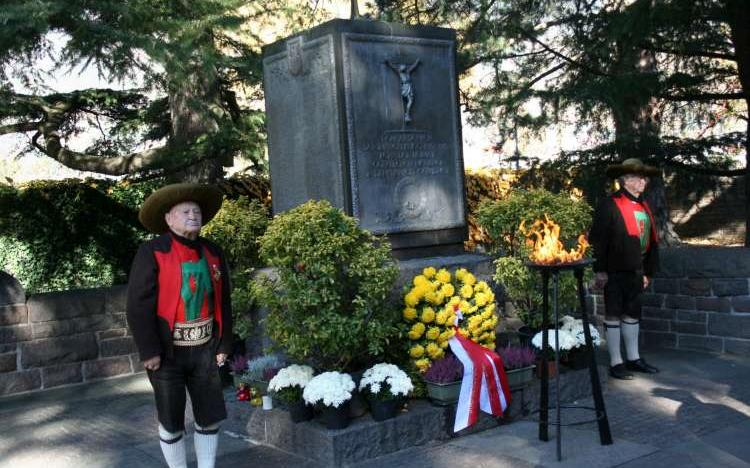 2015_Meran_Gefallenen Gedenken Soldatenfriedhof (11)