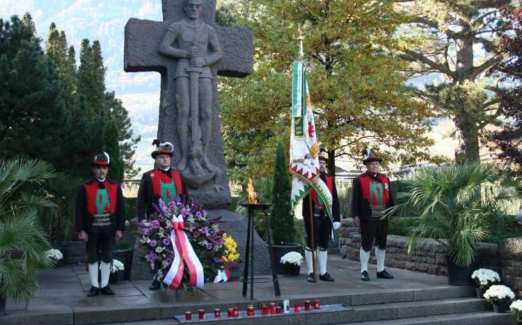 2015_Meran_Gefallenen Gedenken Soldatenfriedhof (13)