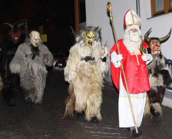 Advent im Stubaital Nikolaus Krampus Tuifl