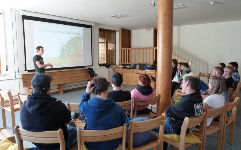 2016_Vigiljoch Lana Bezirk_Bezirkslehrgang Neumitglieder Seminar Fortbildung Burggrafenamt Passeier 010