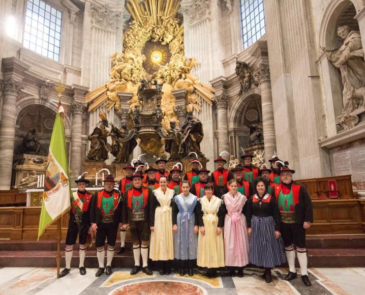 2016_algund-vatikan-rom_vatikan-rom-petersdom-papst-audienz-5