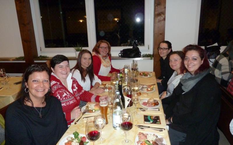 2016_tscherms-bezirk_weihnachtsessen-marketenderinnen-bezirk-1