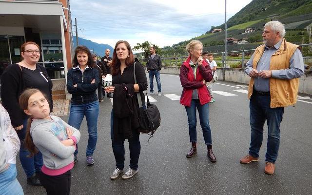 2017_Algund_Marketenderinnen Tamperer Bezirksleitung Exerzieren (3)