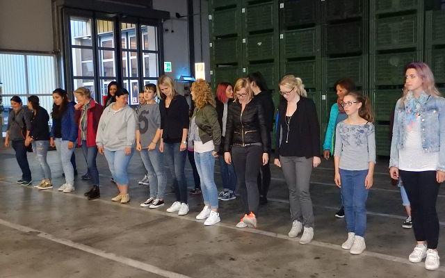 2017_Algund_Marketenderinnen Tamperer Bezirksleitung Exerzieren (8)
