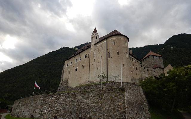 2017_Dorf Tirol_Arbeiten 40 Jahr Feier Vorbereitung (15)