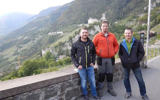 2017_Dorf Tirol_Arbeiten 40 Jahr Feier Vorbereitung (4)