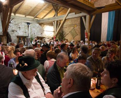 2017_Burgstall Bayern - Weinfest Neubeuern 03 (3)