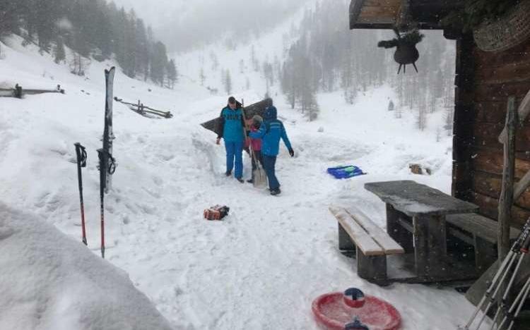 2018_Meran Ulten Winterwanderung Flatschberg Alm (5)