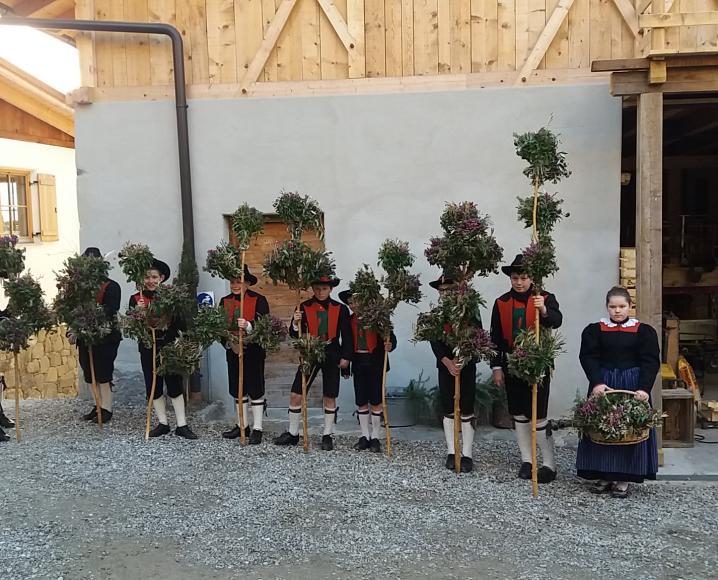 2018_Partschins_Palmbuschen-Tradition in Partschins 1