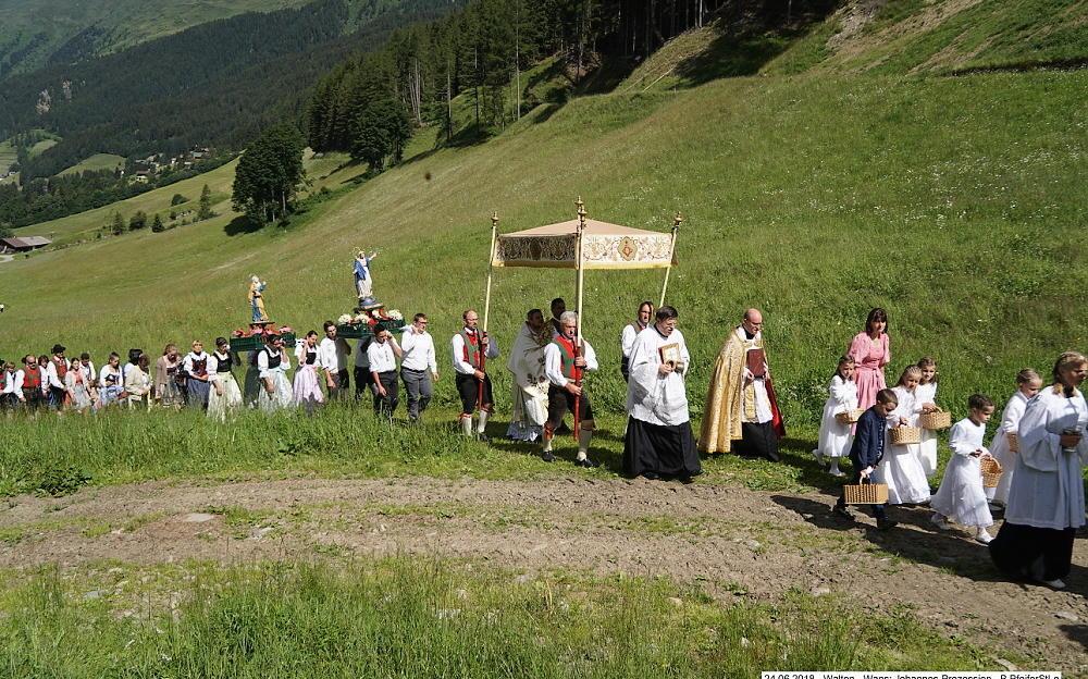 2018_Walten_Johannes Prozession 09