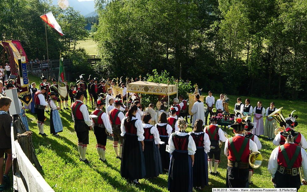 2018_Walten_Johannes Prozession 03