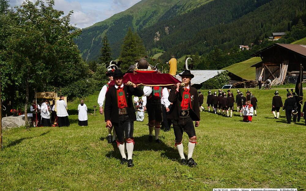 2018_Walten_Johannes Prozession 07